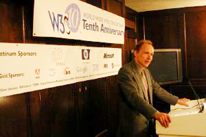 Tim Berners-Lee speaking at W3C10