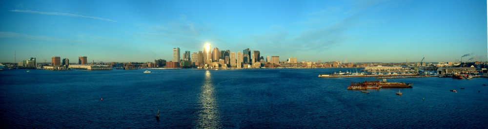 panorama: Boston harbor Friday morning