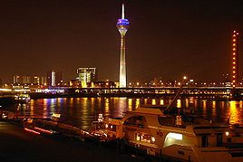 268px-Duesseldorf riverside by night 01.jpg